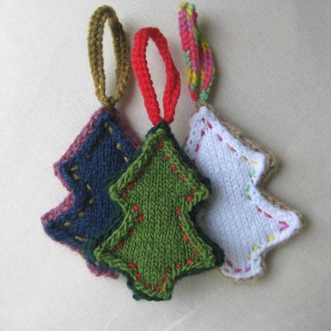 Folksy Tree Trims Pattern