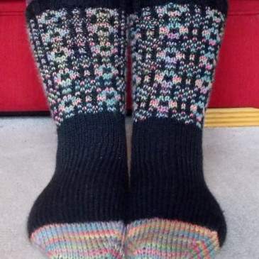 FO Alert! Welsh Tapestry Socks